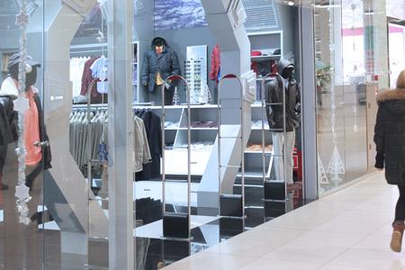 Установка антикражных систем для магазина верхней одежды