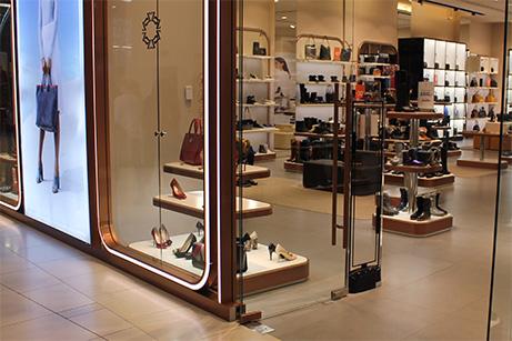 Противокражное оборудование - установка в магазине обуви Carlo Pazolini