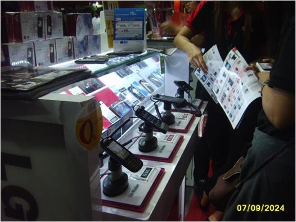 Cтенд LG: защита мобильных телефонов. Используемые противокражные системы - противокражные стенды inVue Series 900 Stands