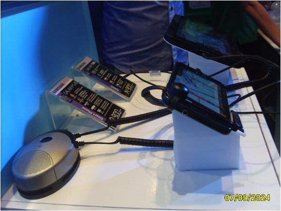 Cтенд Samsung: защита от краж и презентация планшетных компьютеров. Используемые противокражные системы - inVue POD Module